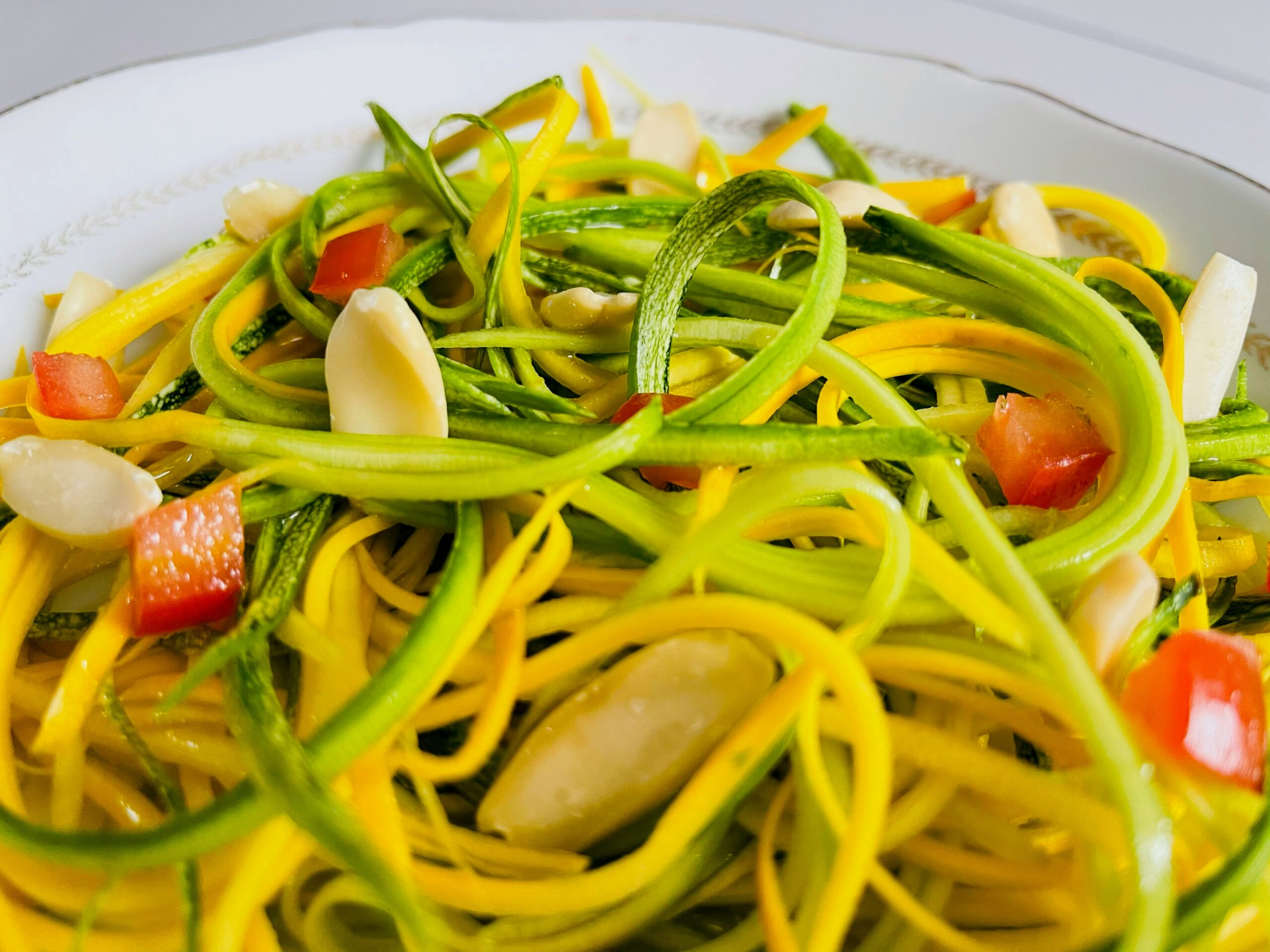 salade de courgettes pili nuts keto tendance low carb scaled
