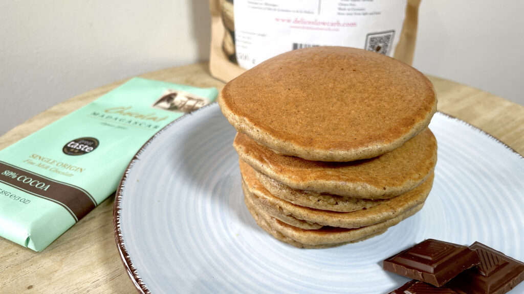 pancake coeur chocolat2 fayestand deliceslowcarb tendancelowcarb